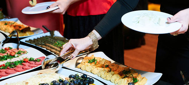 Corporate Catering Delivery in San Diego